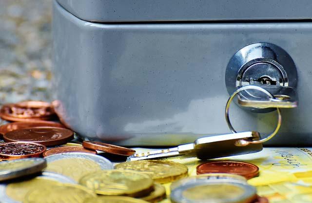 Каждая семья всреднем должна банкам около 200 тыс. руб.