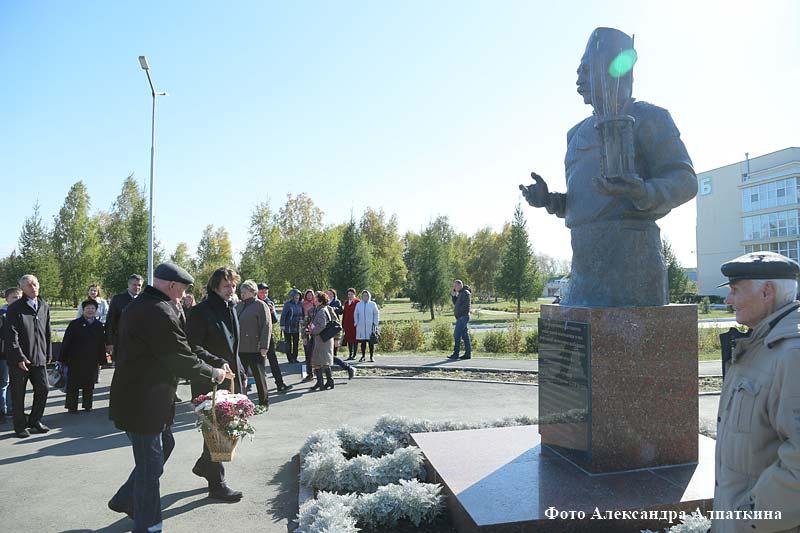 Новая аллея в Центре Илизарова
