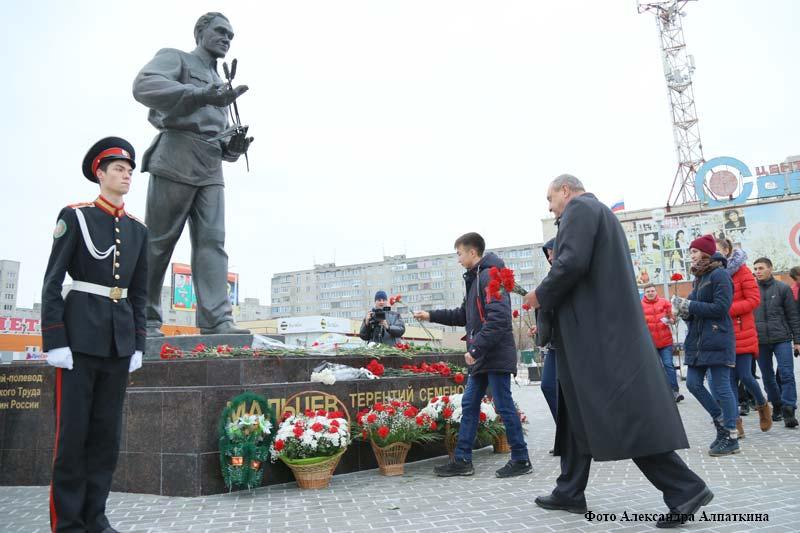 курган новости памятник Терентию Мальцеву