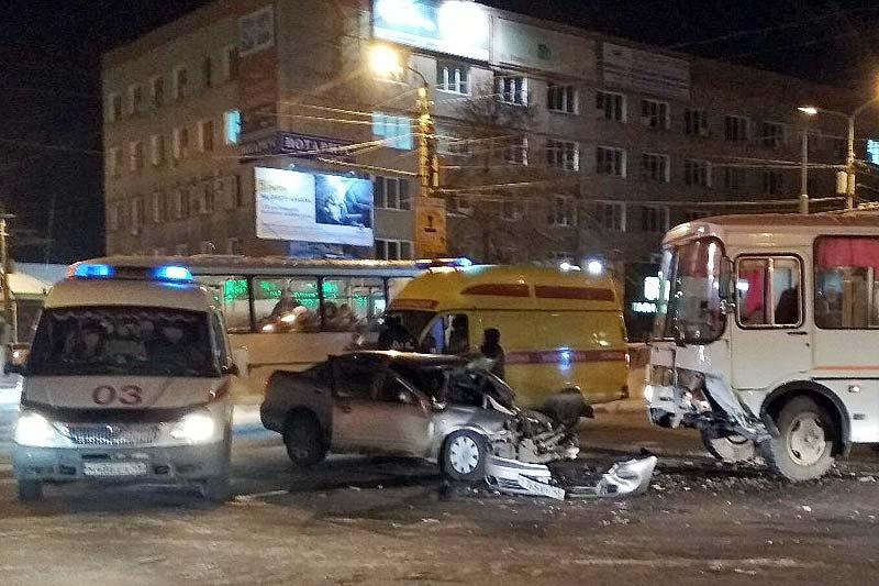 конечно, автобус сбил пешехода в кургане в рябково направлении