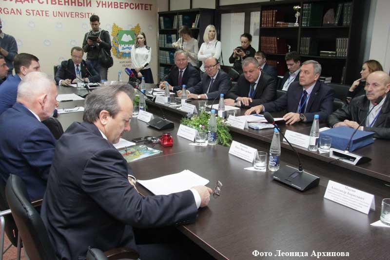 ВКургане обсудили экологическую безопасность освоения урановых месторождений вЗауралье