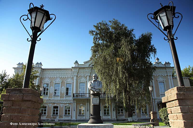 курган новости памятник Дмитрию Смолину
