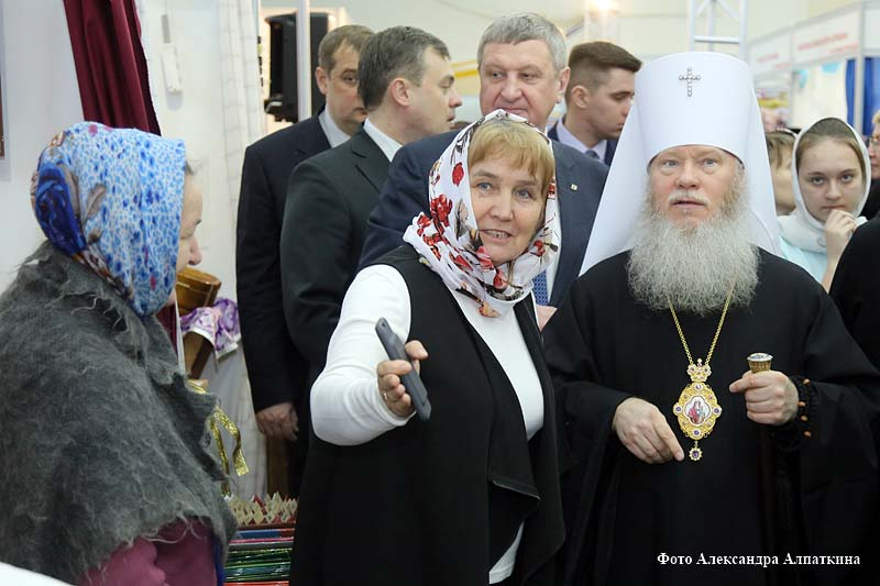 """Открытие православной выставки """"Добрый свет рождества""""."""