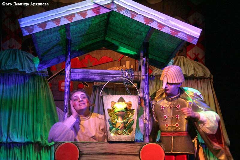 В курганском театре кукол «Гулливер» состоялась премьера.