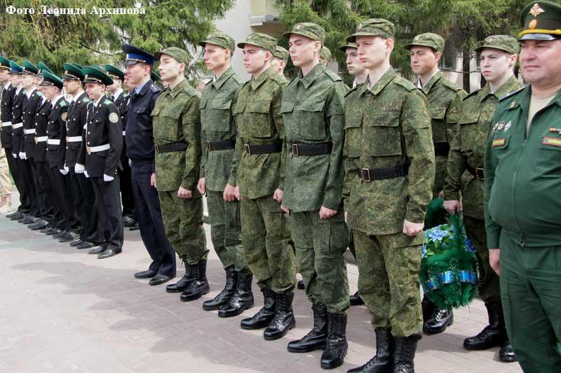 Отправка зауральских призывников в Президентский полк.