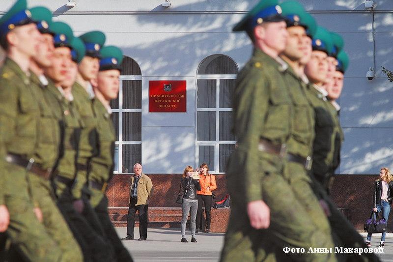 Репетиция Парада Победы в столицеРФ была прервана из-за погоды