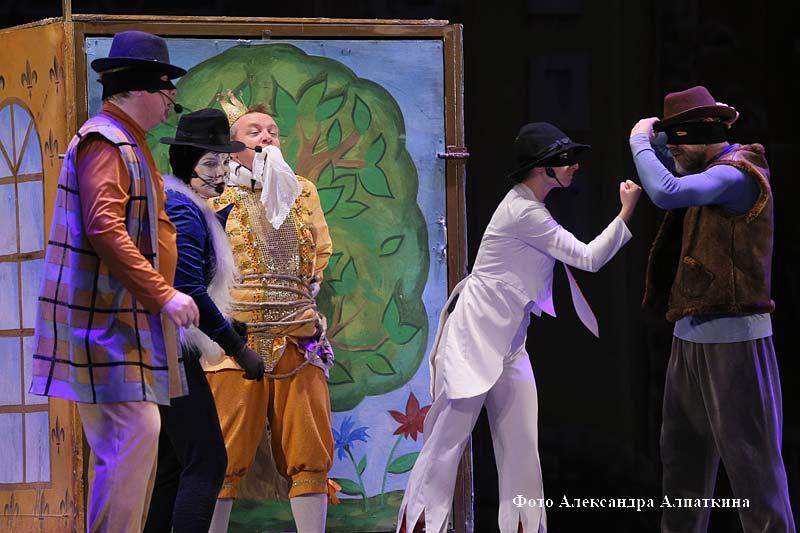 Брянский государственный театр драмы имени А. К. Толстого в рамках проекта «Большие гастроли» показал курганцам музыкальную сказку «Бременские музыканты».