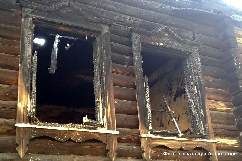 Последствия пожара на улице Заводская,20.