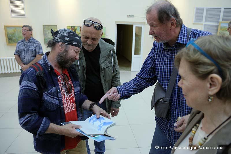 Выставка Игоря и Надежды Щетининых и их учеников
