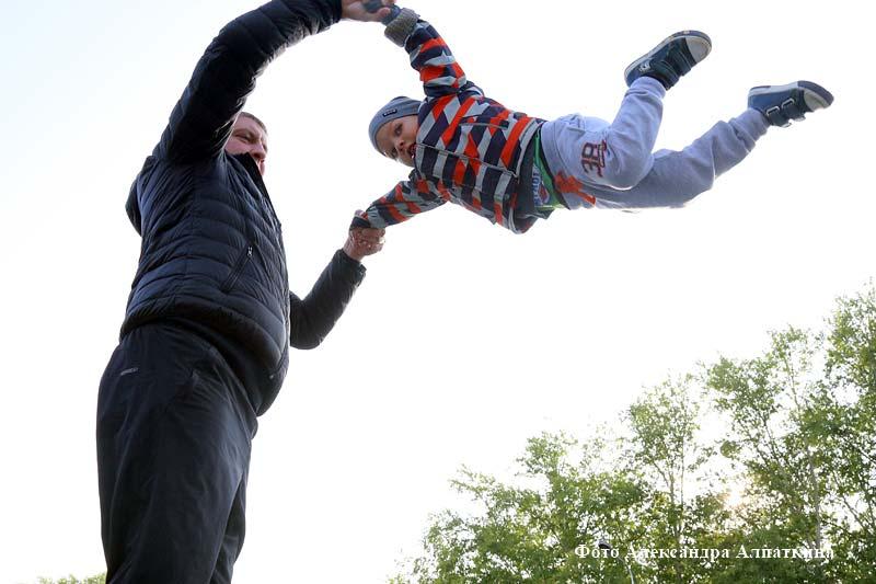 """В Центрально парке культуры и отдыха прошёл фестиваль """"Мало лета""""."""