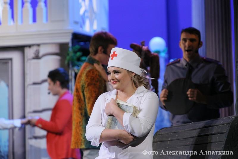 """Премьера Курганского театра драмы """"Старые песни о главном - 2"""""""
