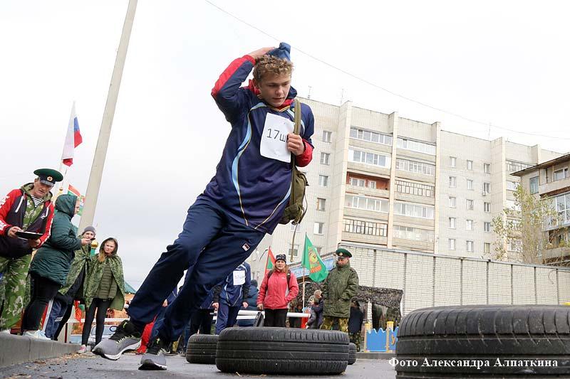Первые городские военно-патриотические соревнования среди курганских школ