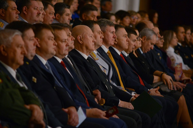 Торжественное собрание, посвященное Дню сотрудников МВД
