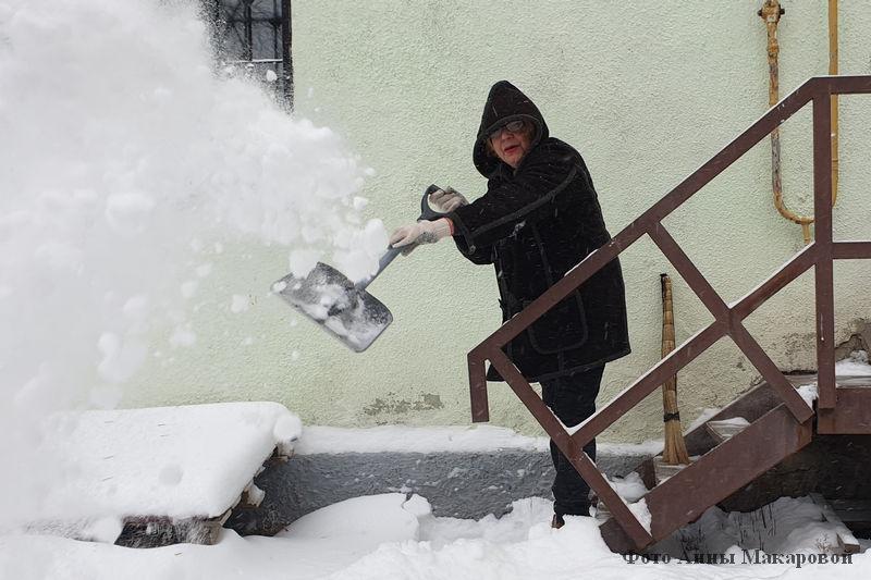Снегопад в Кургане. Уборка улиц