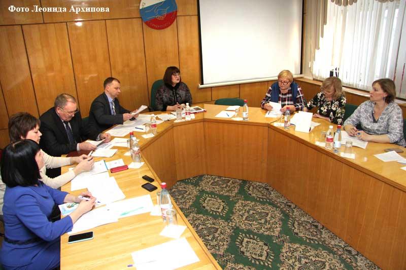 Новости курган Руководитель администрации с профактивом образовательных организаций