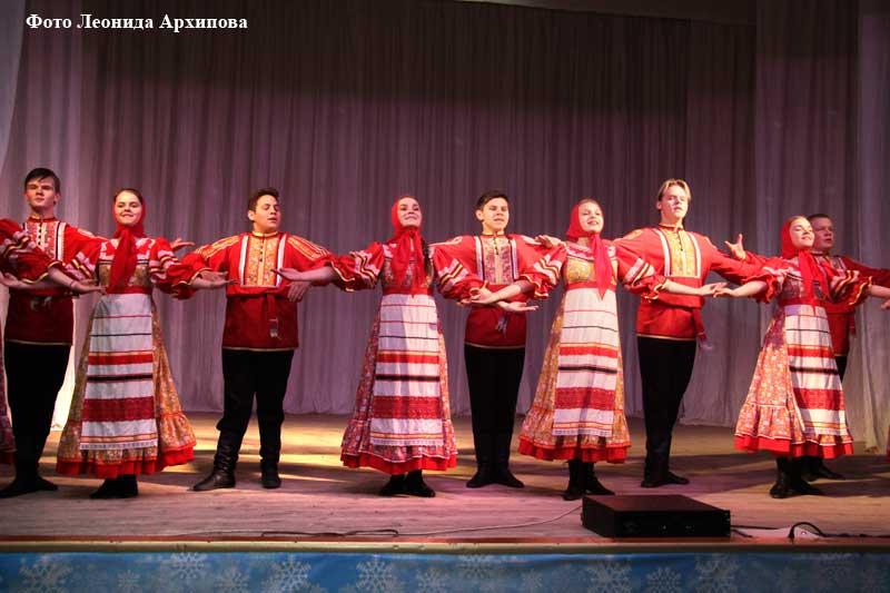 Образцовый коллектив ансамбль танца «Светлячок».