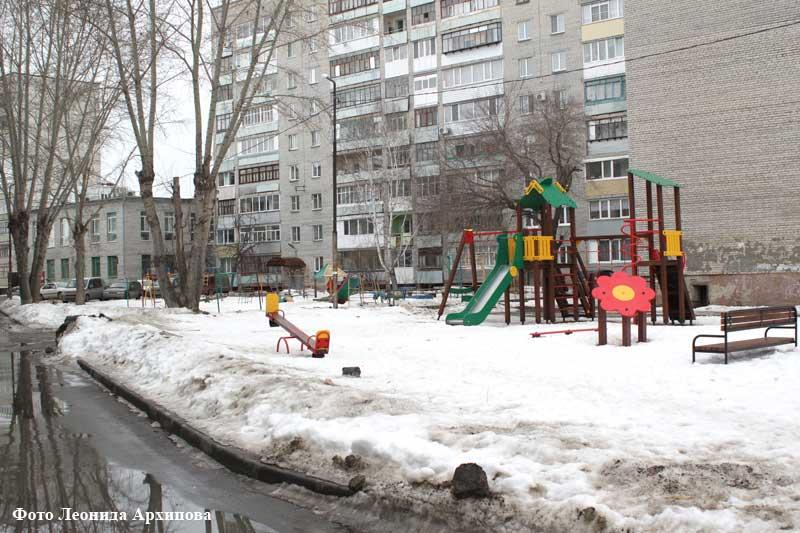 14 марта комиссия проинспектировала несколько дворов в Энергетиках - МУП «Прометей» и УК «Перспектива»