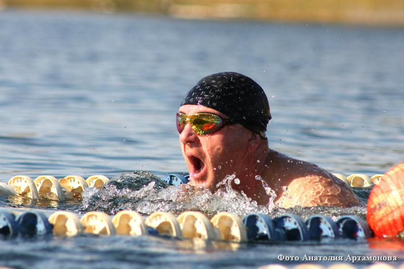 В Кургане прошли соревнования по зимнему плаванию «Праздник холодной воды»