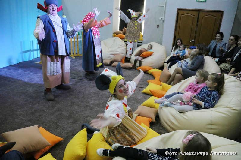 Бэби-театр на подушках