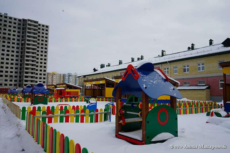 В Кургане проверили качество строительства детских садов
