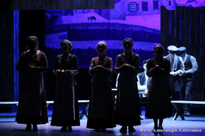 """Премьера на сцене курганского театра драмы - """"Поминальная молитва"""""""