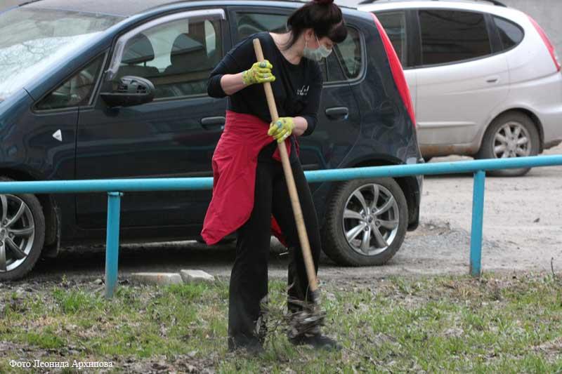 В Кургане проходит месячник по наведению чистоты