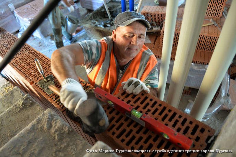 В воскресенье свой профессиональный праздник отметят строители