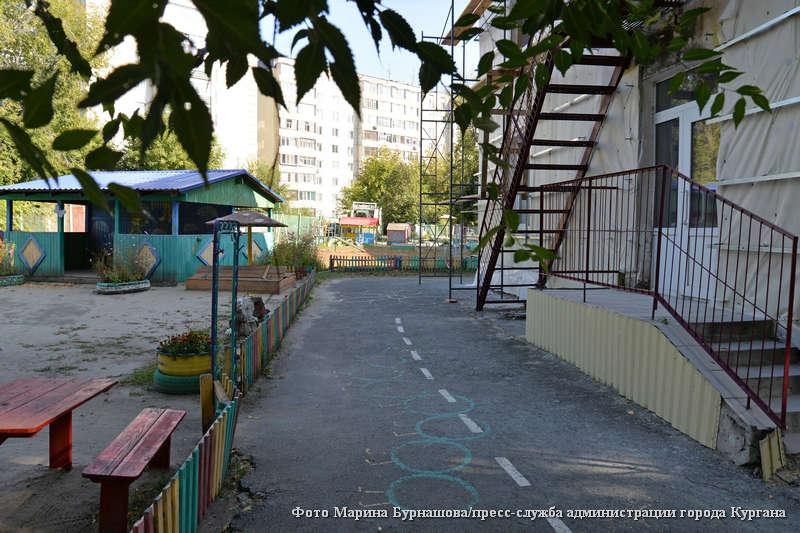 Глава города Андрей Потапов провел выездное совещание на благоустраеваемых объектах