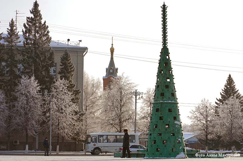 Подготовка площади к Новому году