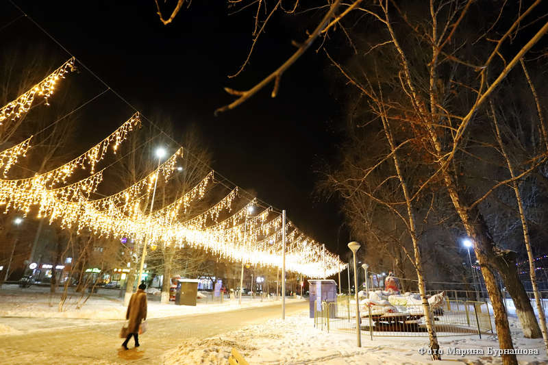 Новогоднее световое оформление города